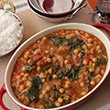 Spicy chickpeas with tomato and spinach